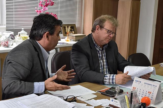 Prefeitos da AMREC emitem carta de reinvindicações aos candidatos, e pedem voto aos candidatos pelo Sul