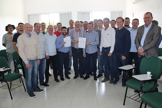 Ordem de serviço do trevo de acesso ao parque industrial de Caravaggio é assinada