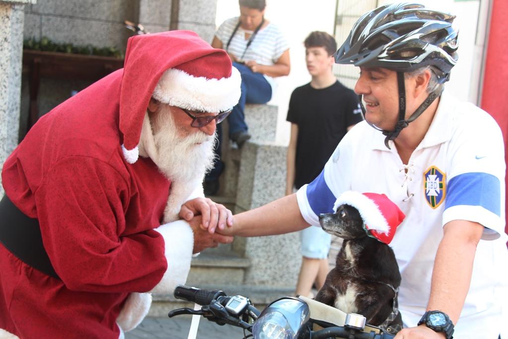 Evento Pet Noel acontece neste domingo