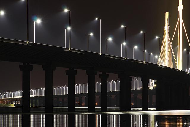 Neste feriado prolongado, redobre os cuidados no tráfego noturno pela BR-101 Sul/SC