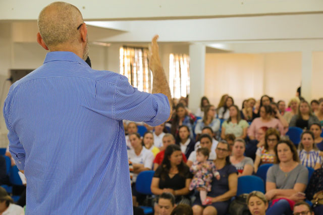 Içara: Família Acolhedora busca novas adesões