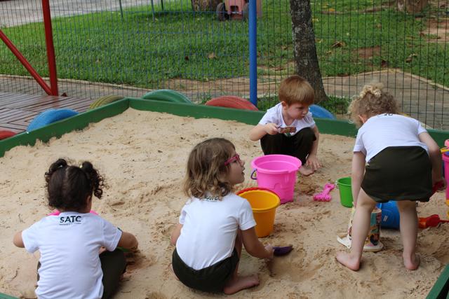A importância de brincar na infância
