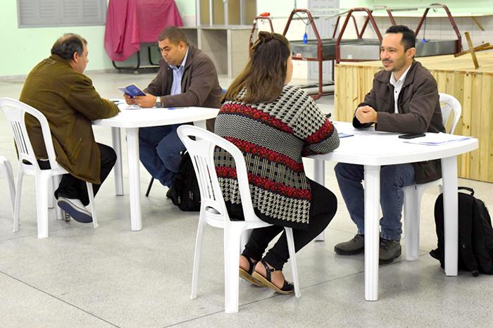 Empresa cadastra moradores de Siderópolis para vagas de emprego