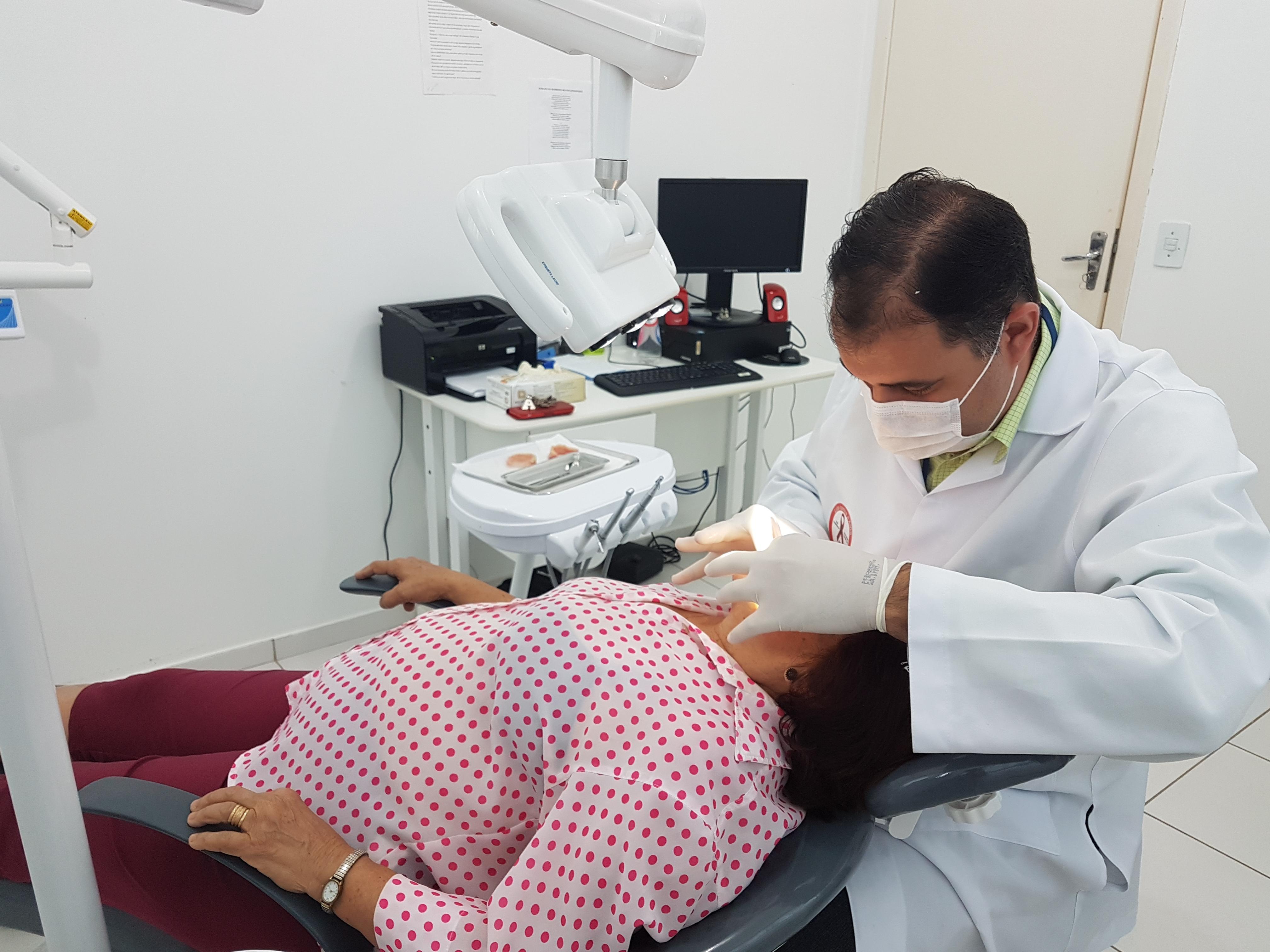 Programa Rincão Sorridente dará prótese dentária gratuita