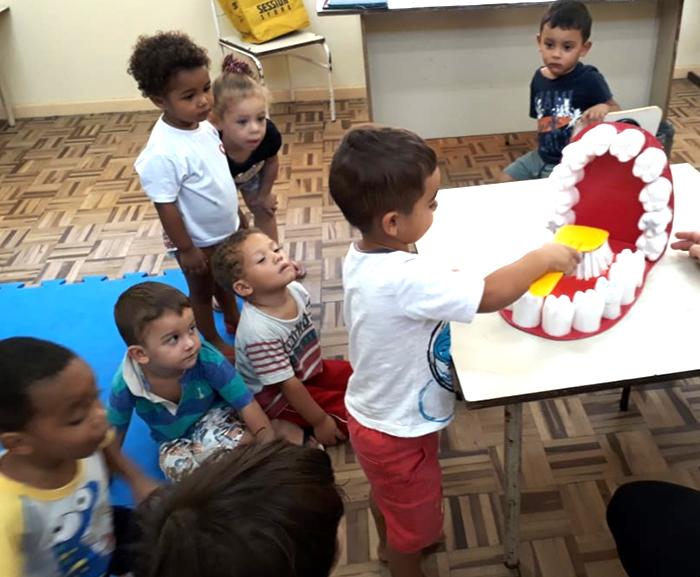 Projeto leva higiene e saúde bucal para crianças do CEI Afasc