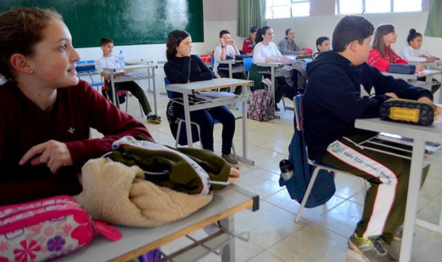 Alunos de Siderópolis conquistam 20 medalhas no 5º Prêmio Acic de Matemática