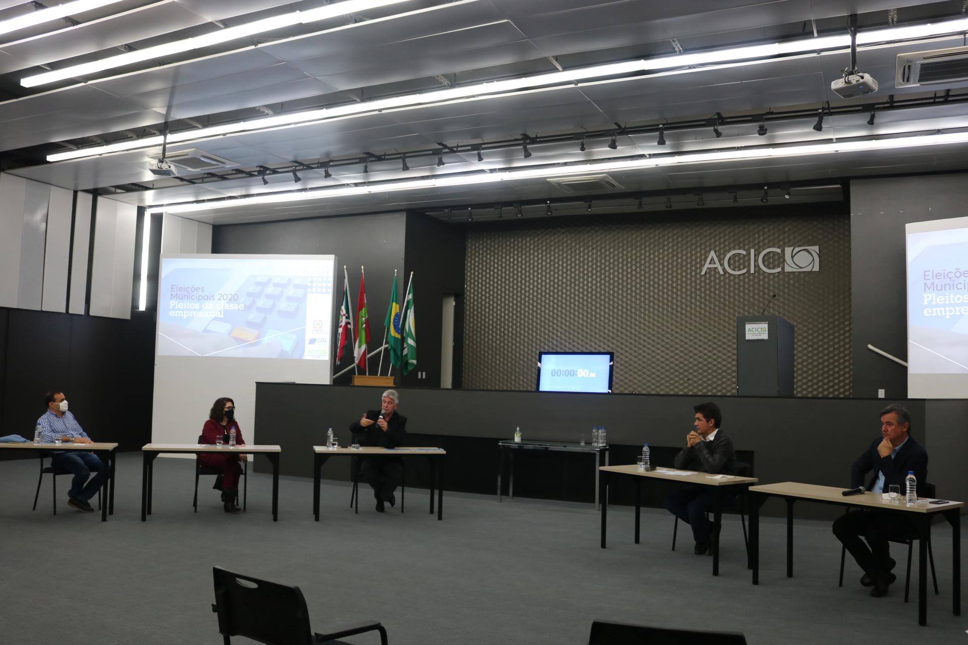 Série de encontros com os candidatos a prefeito de Criciúma é encerrada