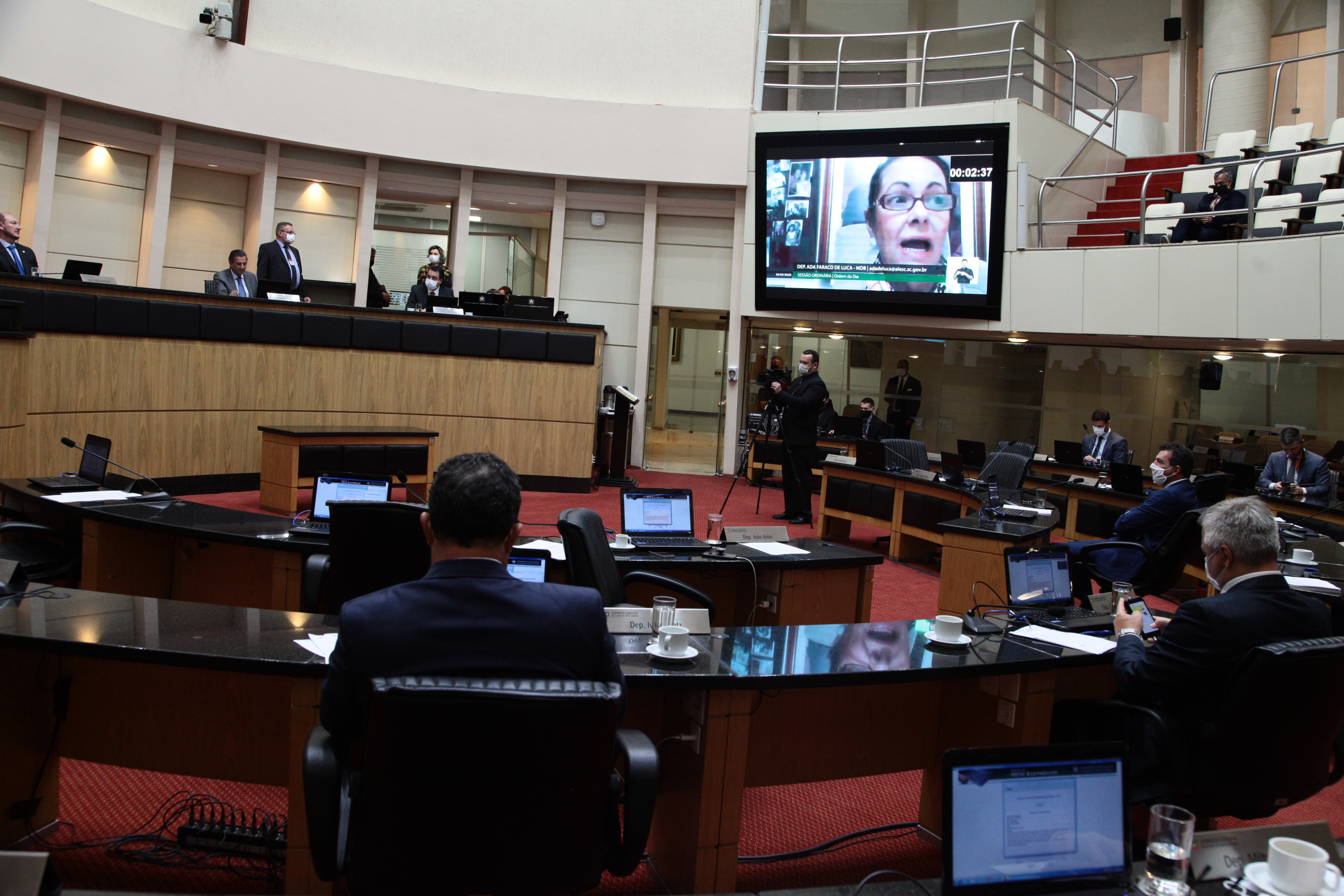 Ada de Luca pede liberação imediata de 40 respiradores para Hospital São José