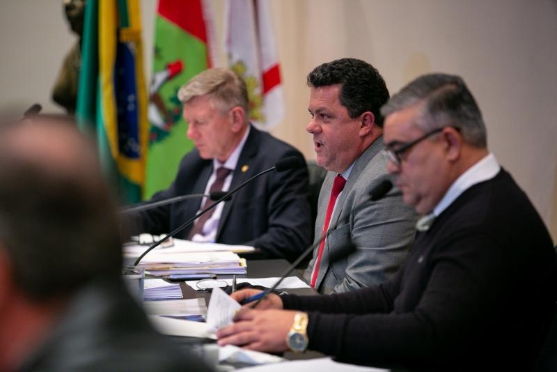 CPI dos Respiradores ouve mais duas testemunhas na reunião desta quinta-feira