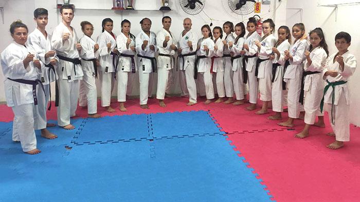 Treinamento de Karatê reuniu mais de 100 atletas em Içara