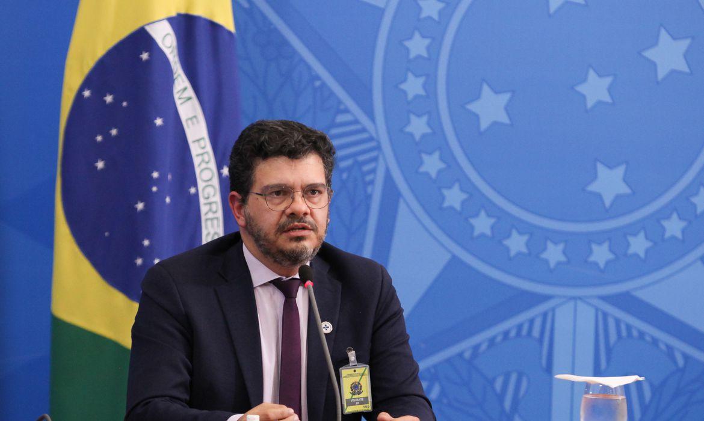 Covid-19: Brasil passa de 250 mil casos confirmados e mais de 16.700 mortes