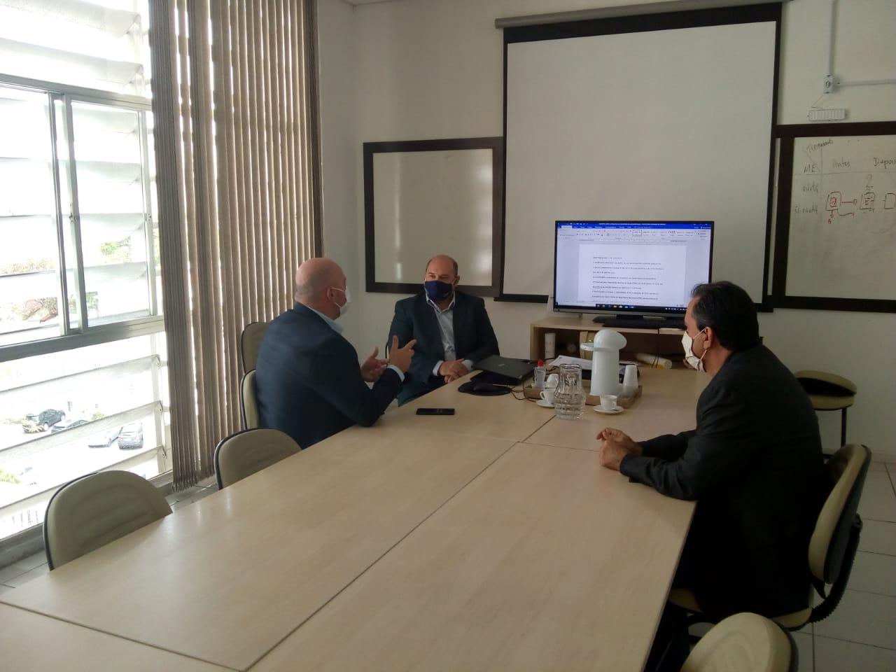 Vereadores obtêm resposta positiva sobre volta de cirurgias eletivas em Criciúma