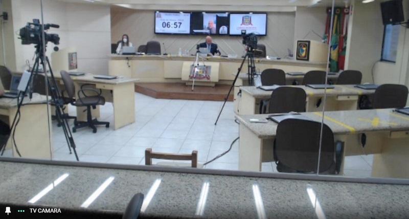 Derrubado veto da PL de divulgação de número para denúncias de violência feminina