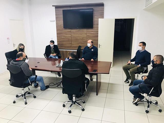 Moradores cobram do Executivo a situação da Regularização Fundiária