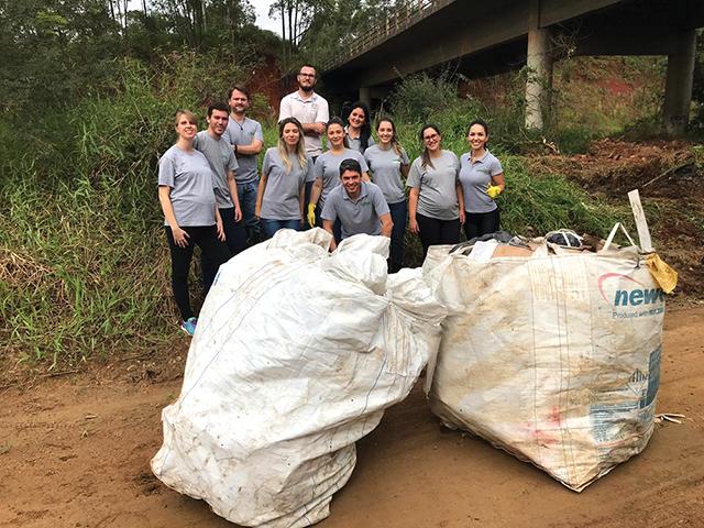 Içara: Fundai realiza mutirão de limpeza urbana