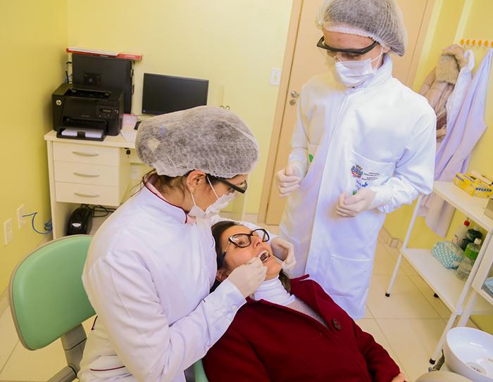 Procedimentos odontológicos serão realizados neste sábado em Içara