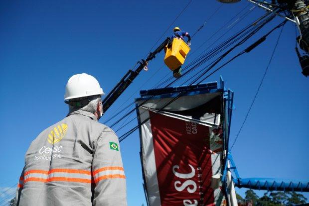 Governo de SC prorroga pagamento de ICMS para atingidos por evento climático