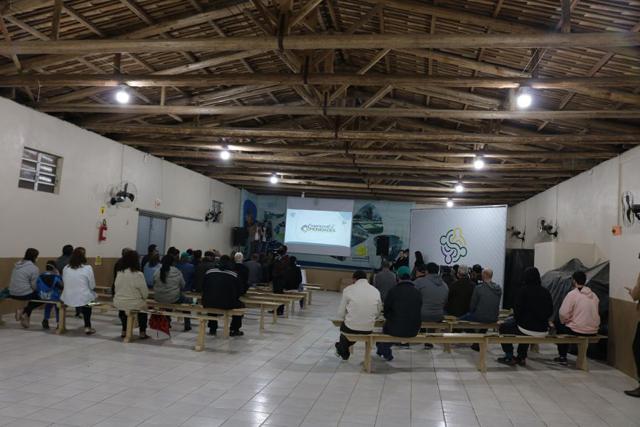 Coopercocal nas comunidades estreia com sucesso em Rio Molha