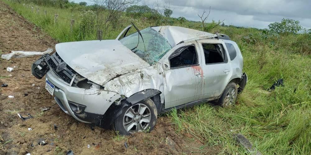 Capotagem resulta em óbito na BR-101 na localidade de Rio Acima em Içara