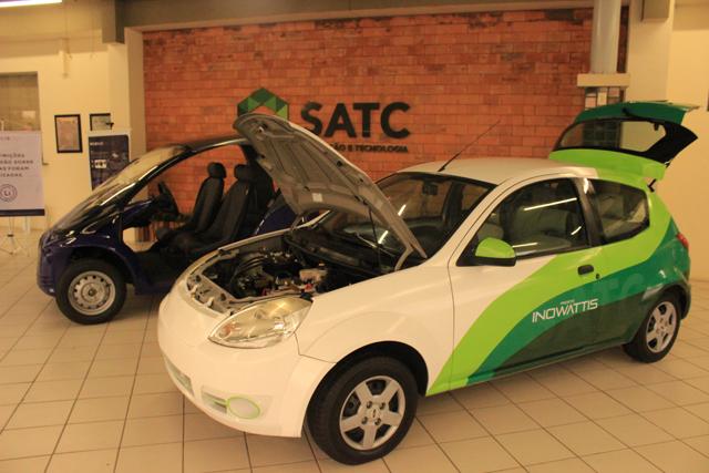 Carros elétricos são destaque na Satc