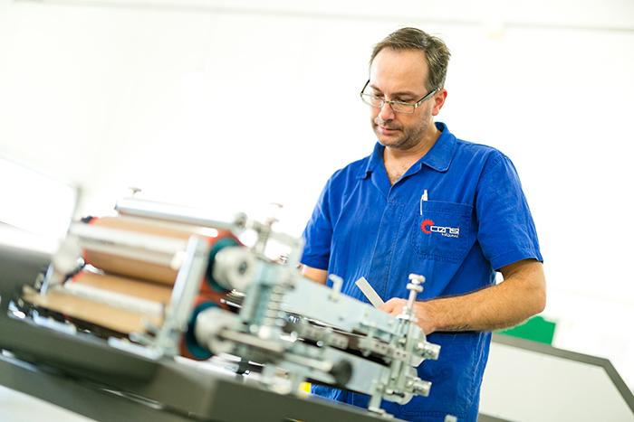 Com automatização, Meias Lucro reduz em 50% tempo para embalagem de produtos