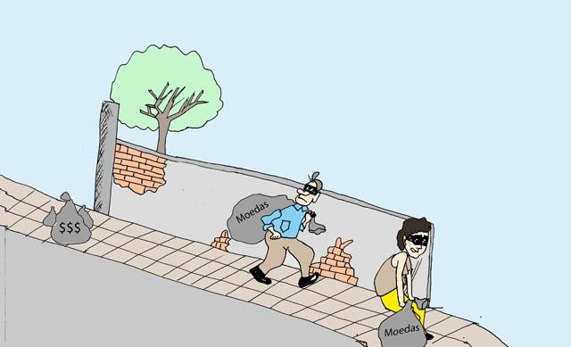 Ladrões levam saco enganado