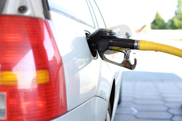 Preço da gasolina comum tem até R$ 0.30 de diferença em Içara
