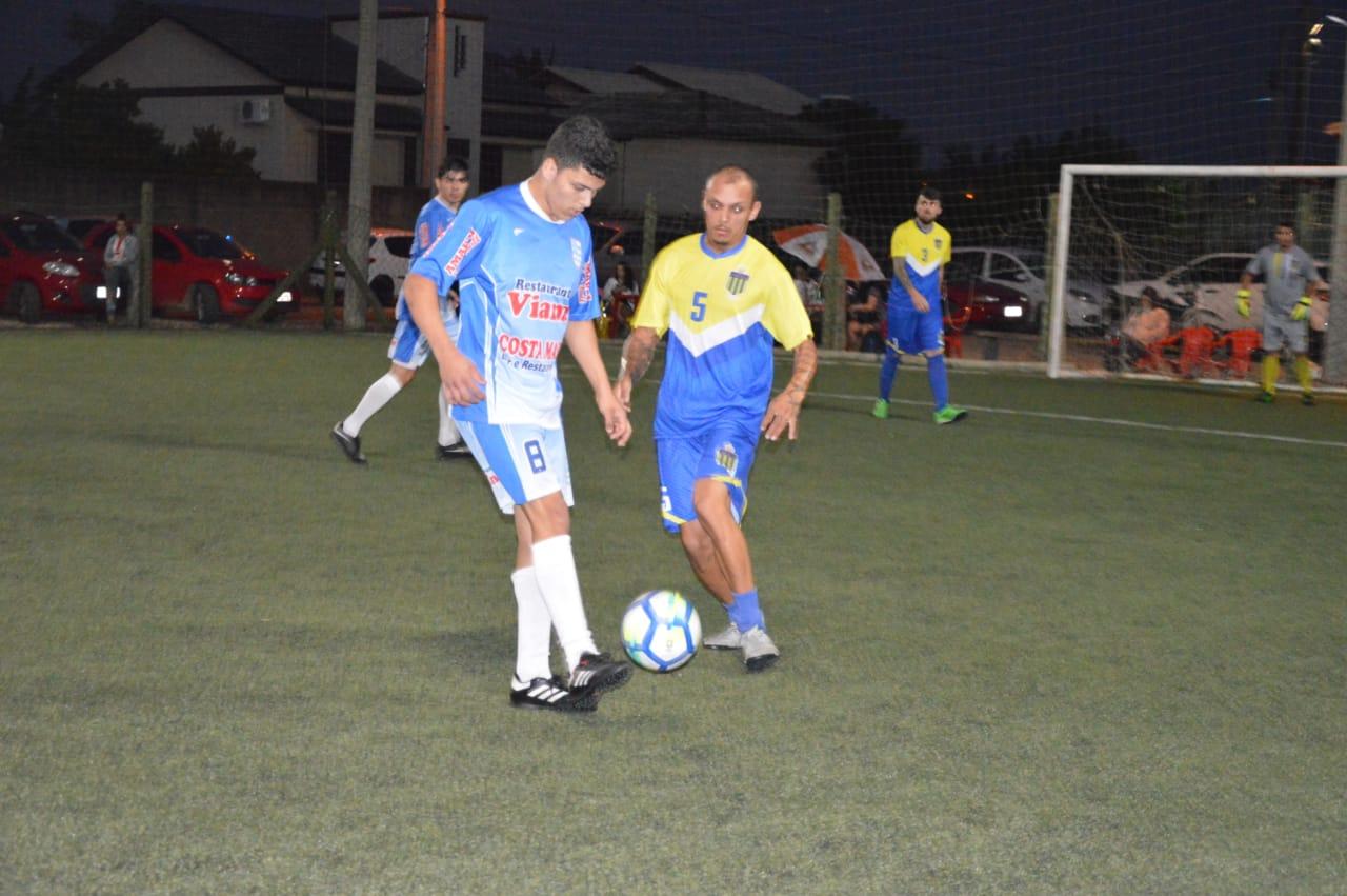 Entre Amigos e GE Gesso estreiam com vitória na Copa Via Sports ... e36b59e970ac5