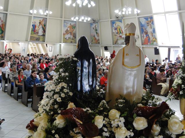 Festa em honra a Santo Agostinho e Santa Mônica atrai grande público no Rio Maina