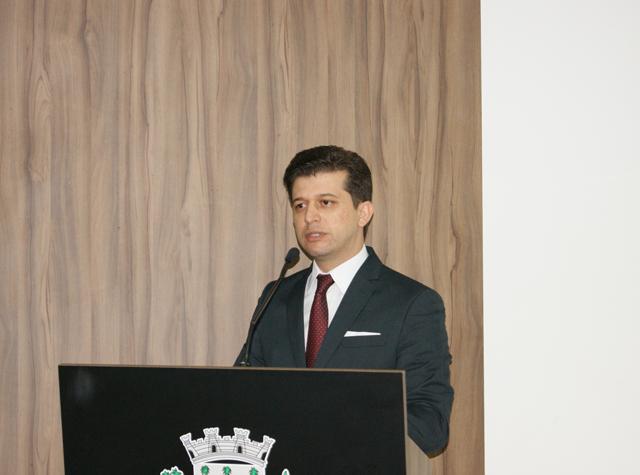 Israel Rabelo solicitou melhorias no bairro Presidente Vargas