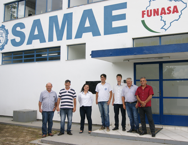 Relatório sobre serviços realizados pela SAMAE e CASAN