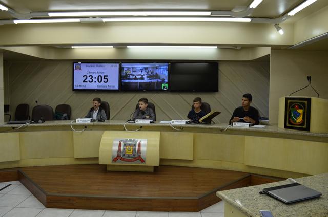 Informações da Sessão Mirim na Câmara de Criciúma
