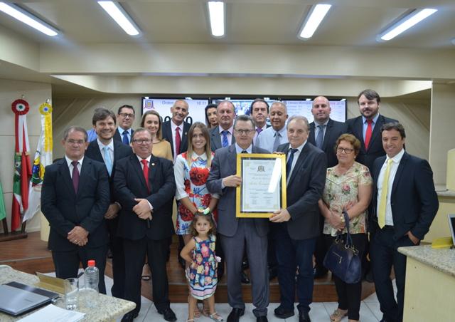 Informações sobre a Sessão do dia 10/4 na Câmara de Criciúma