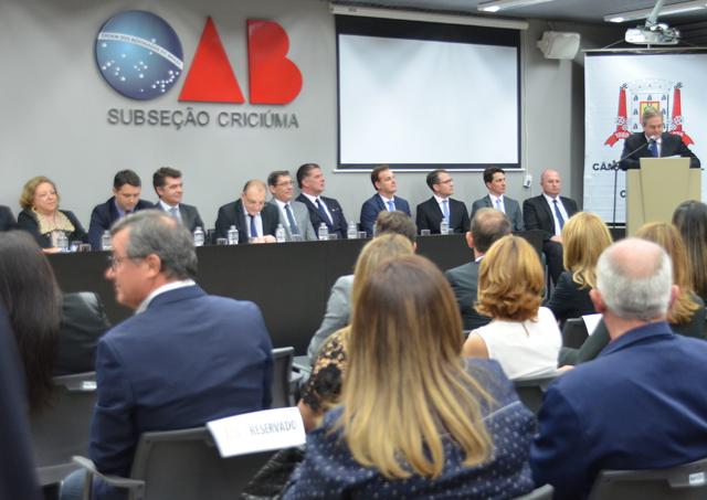 OAB Criciúma é homenageada pela Câmara de Vereadores