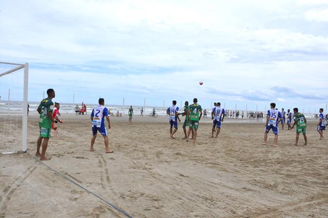Sábado de muitos gols nas areias do Balneário Rincão