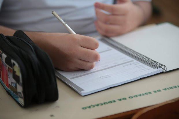 Educação estabelece suspensão de aulas presenciais até 12 de outubro em SC