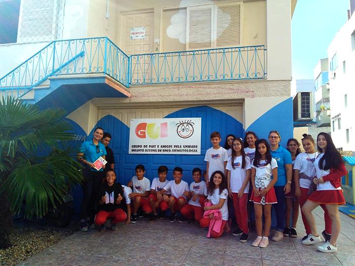 Escolas de Içara visam solidariedade em ações de páscoa