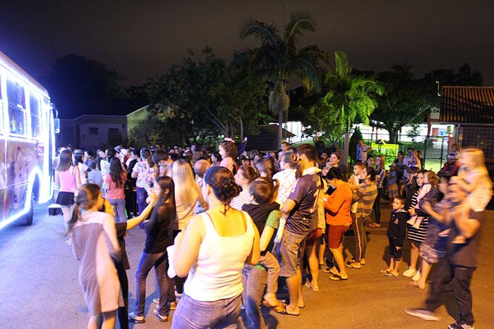 Expresso Natalino encanta as ruas de Criciúma