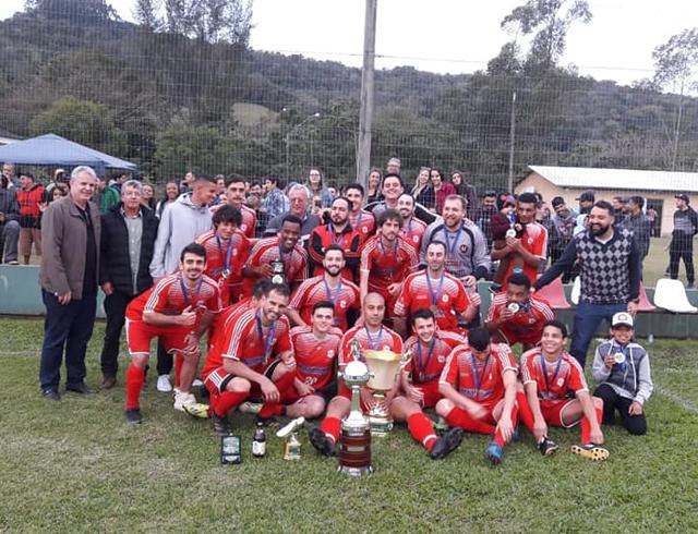 Minerasil garante o título de campeão no Municipal de Urussanga