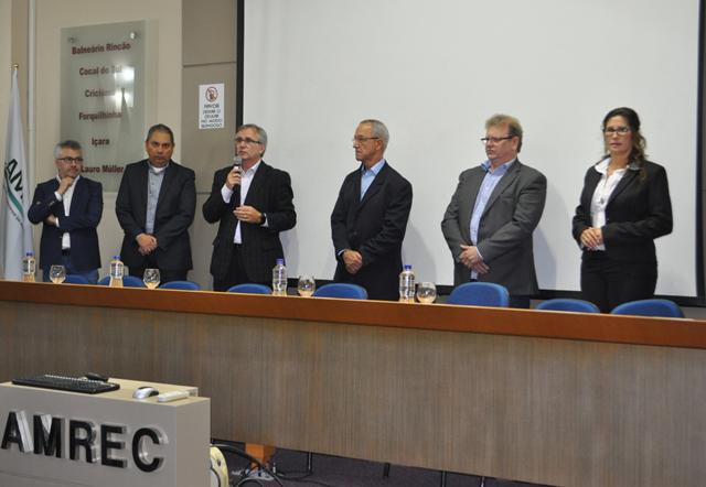 Amrec sedia 1º Fórum de Transporte e Desenvolvimento Regional