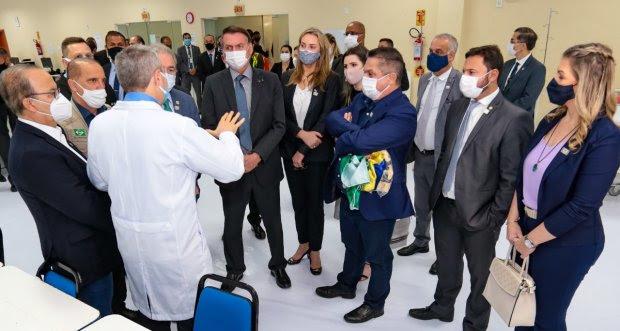 Governadora de SC acompanha roteiro do presidente Bolsonaro em Chapecó