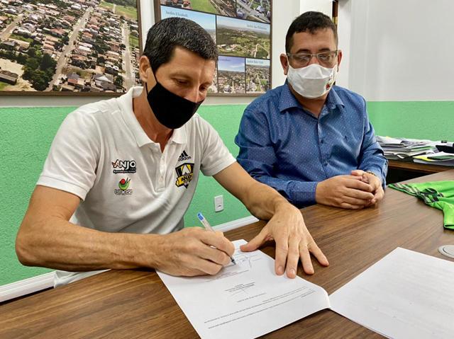 Governo de Cocal do Sul amplia parceria com o Anjos do Futsal