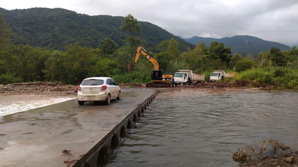 Secretaria de Obras de Siderópolis monitora locais de risco após alerta da Defesa Civil