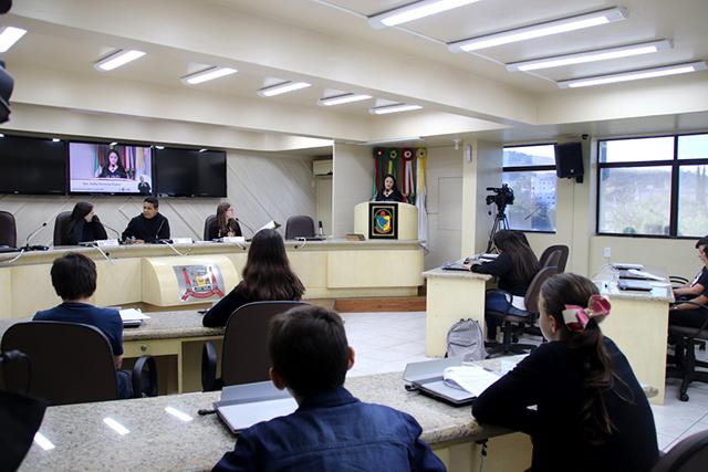 Educação e segurança em pauta no Legislativo Mirim