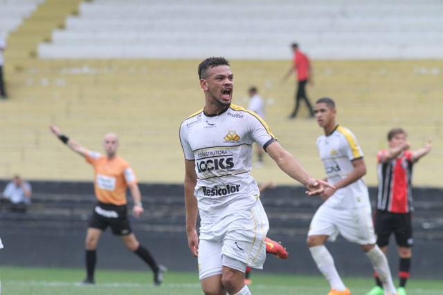 Equipe Sub-17 está na final do Campeonato Catarinense