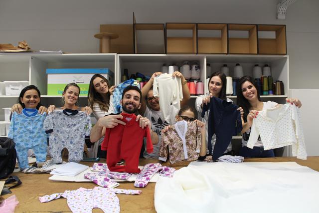 Alunos de Moda confeccionam roupas para bebês