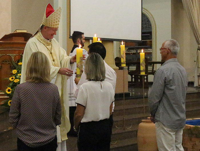 Dom Jacinto preside a Solene Vigília Pascal na Catedral