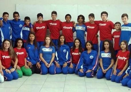 Equipes de Xadrez e de Caratê  ganham medalhas na Olesc