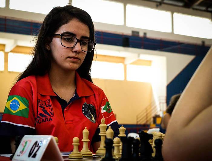 Kathiê representará Içara no Panamericano de Xadrez no Equador