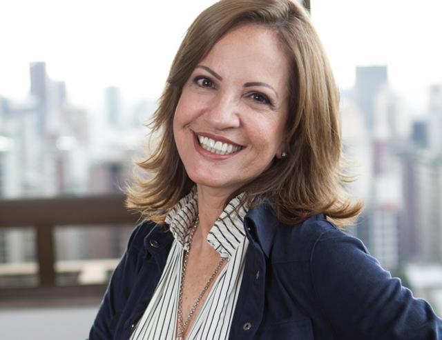 Jornalista Leila Ferreira fala sobre a arte de ser leve em evento na Acic